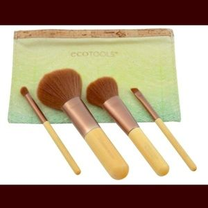 💚Eco tools makeup brushes! Travel size.